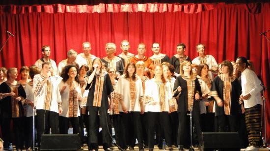 Le Très Grand Groupe de Gospel
